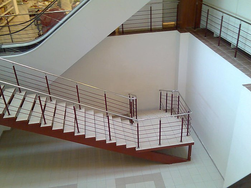 15 Pictures Of Crazy Design And Engineering Mistakes 4