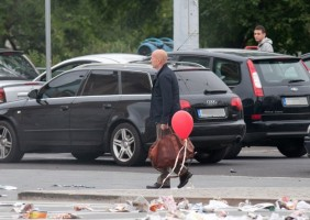 Bruce Willis filming scenes for his new movie 'A Good Day to Die Hard' in Budapest