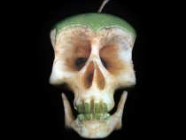 Amazing Pictures Of Skull Art Carved From Fruit And Veg