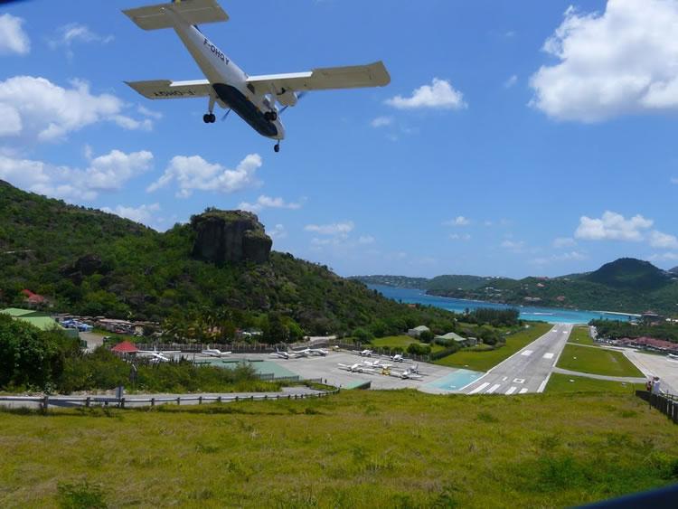 Top Ten Scariest Airport Runways In The World 10