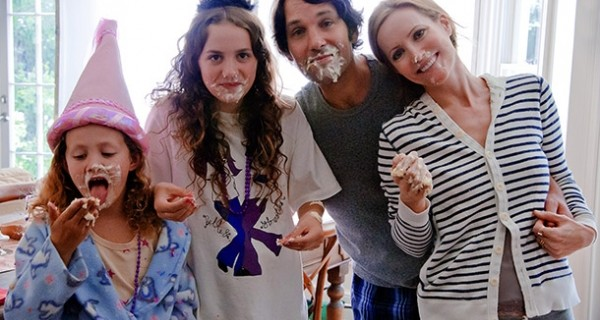MOVIE TRAILER: This Is 40 Starring Paul Rudd and Leslie Mann