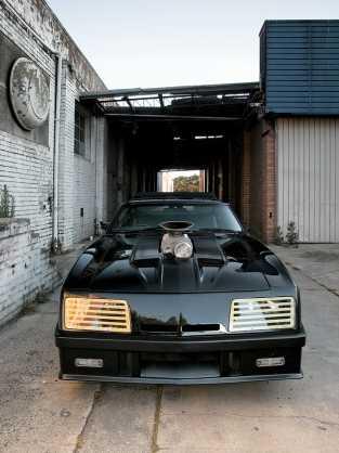 Mad Max Interceptor replica 3 - Mad Max V8 Interceptor Replica Ford Falcon Built By Fan