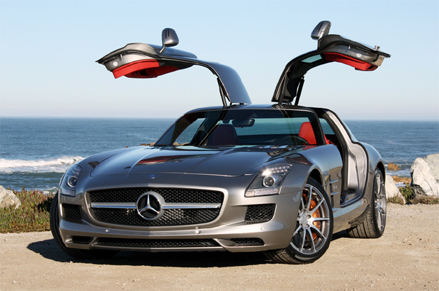Mercedes Benz SLS AMG   Best Luxury Saloon Car