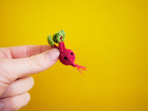20 Amazing Tiny Cute Animals And Things Made By Knitting