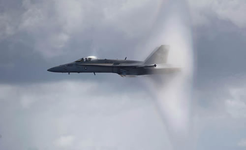 20 Amazing Pictures Of Fighter Jets Breaking the Sound Barrier 18