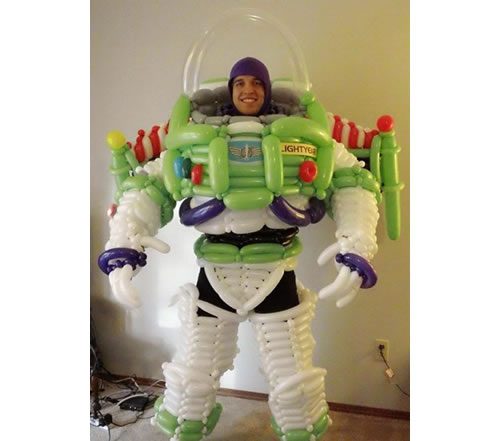 Homemade Buzz Lightyear Costume Created Using Inflated Balloons