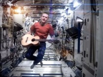 Space Oddity Video By Chris Hadfield On Space Station Goes Viral