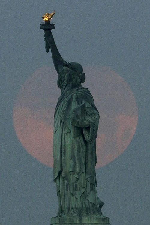Amazing Photos Of The Super Moon 2013 2