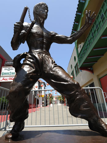 Bruce Lee Statue Unveiled In Los Angeles