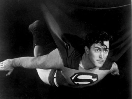 Evolution of the superman s symbol 3