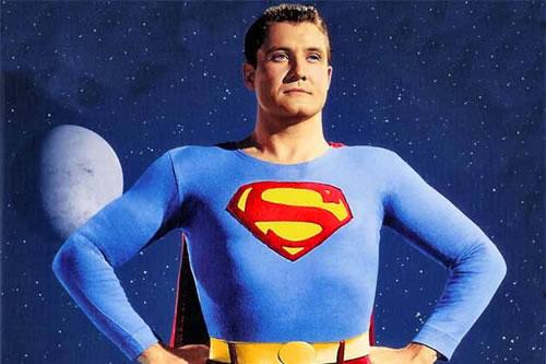 Evolution of the superman s symbol 4
