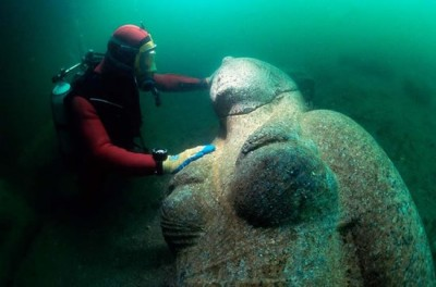 lost egyptian city found under the sea (2)