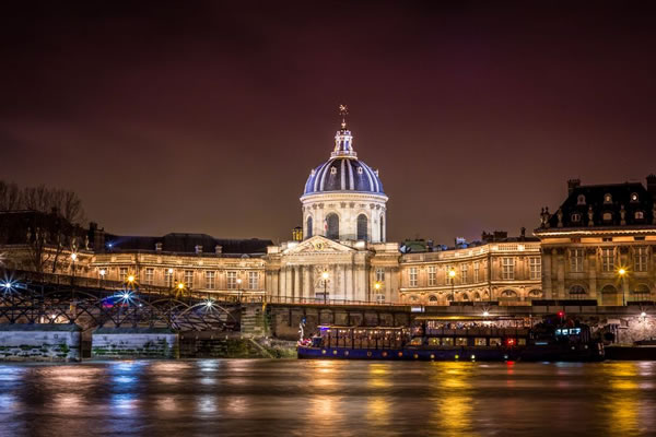 15 Amazing Photos Of Paris France At Night