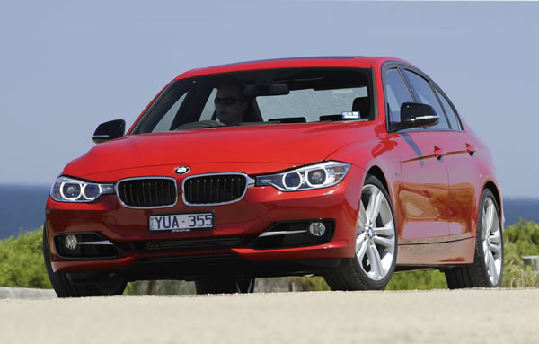 2012 BMW 3-Series in Red