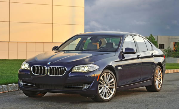 2012 BMW 5-Series in Red