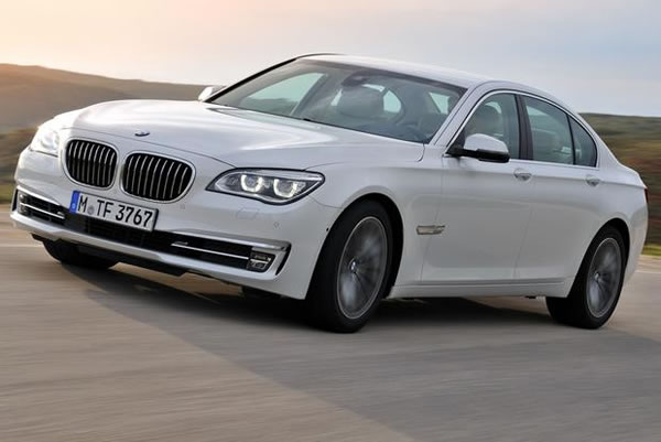 2012 BMW 7-Series in Red