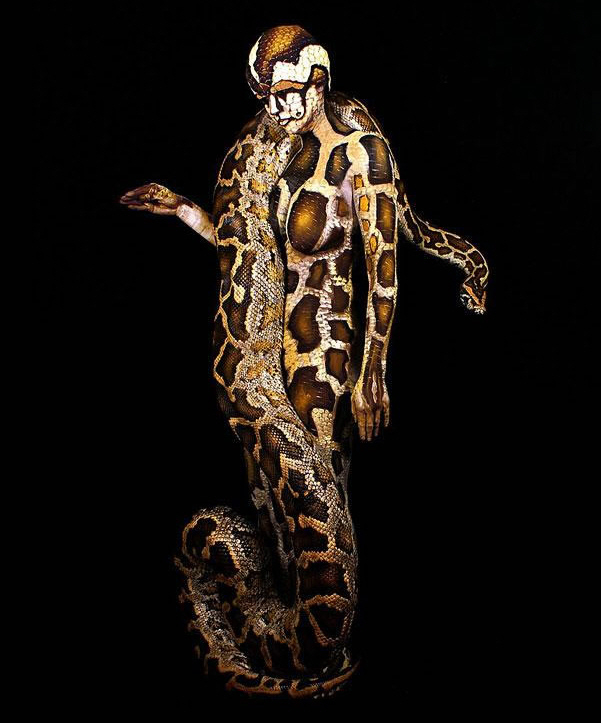 Amazing Body Art Illusions 7