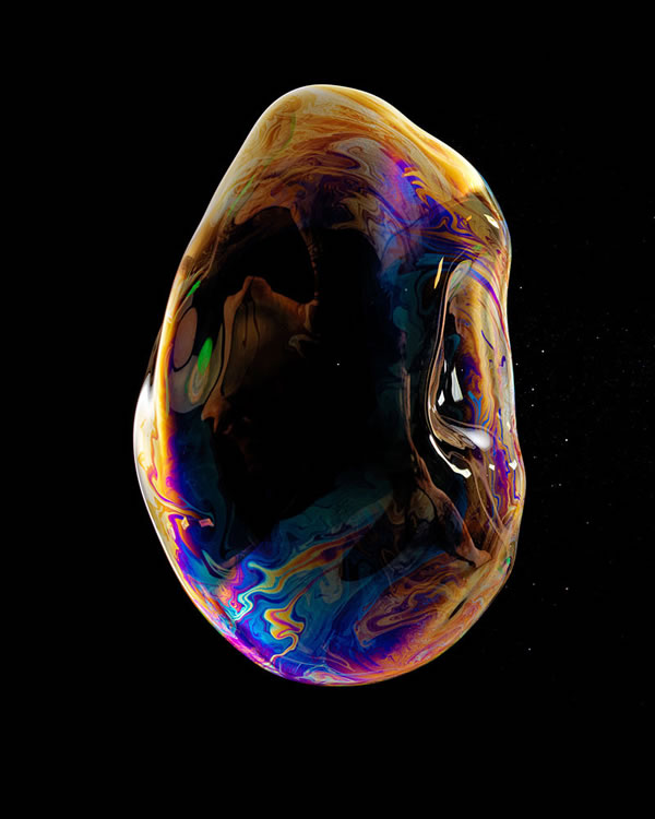 Amazing Soap Bubble Bursting Photo In Slow Motion 2