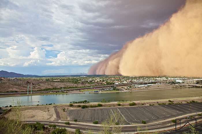 Photos of Dust Storms 1