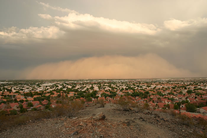 Photos of Dust Storms 10