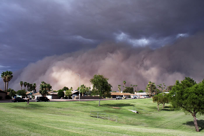 Photos of Dust Storms 13