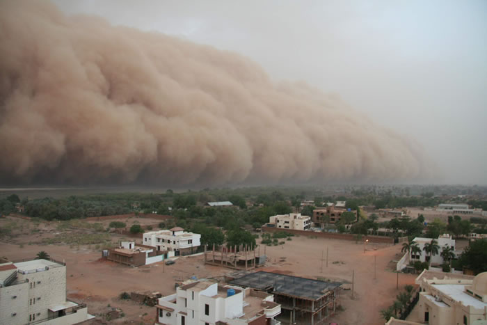 Photos of Dust Storms 5