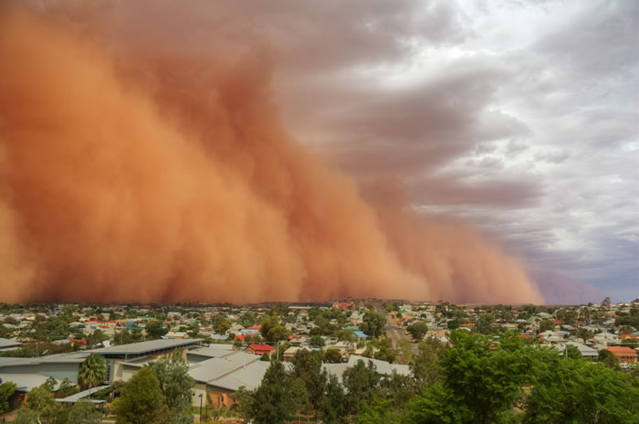 Photos of Dust Storms 7