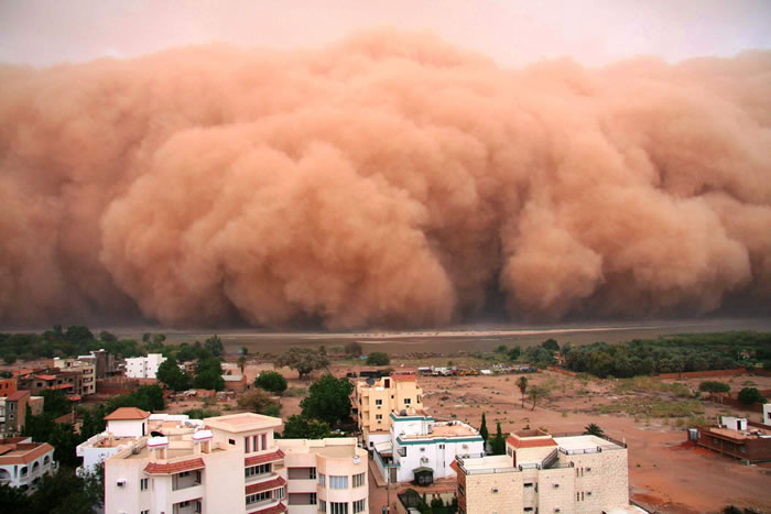 Photos of Dust Storms 8