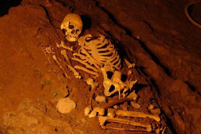 cheddar gorge cannibals