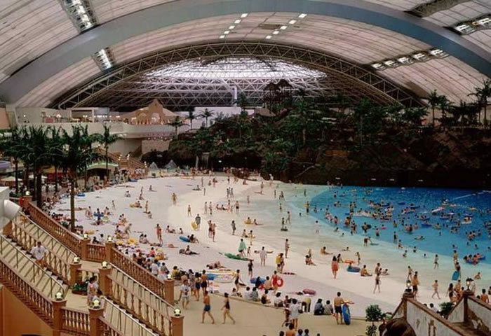 indoor beach japan (1)