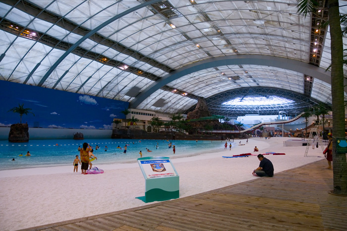 indoor beach japan (5)