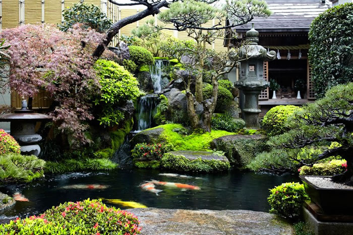 10 japanese gardens you would love to chill out in - Japanese Koi Garden