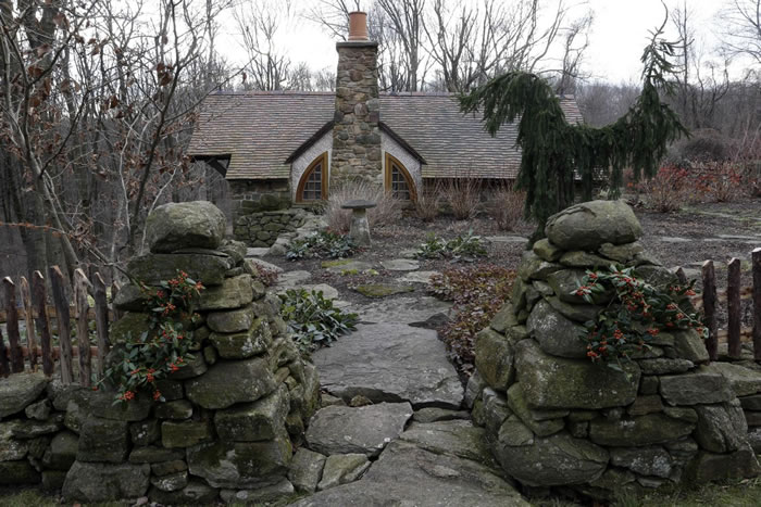 real life hobbit home (4)
