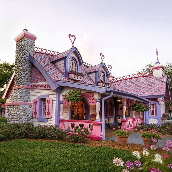 Top ten storybook cottage homes from around the world for Top 10 beautiful houses
