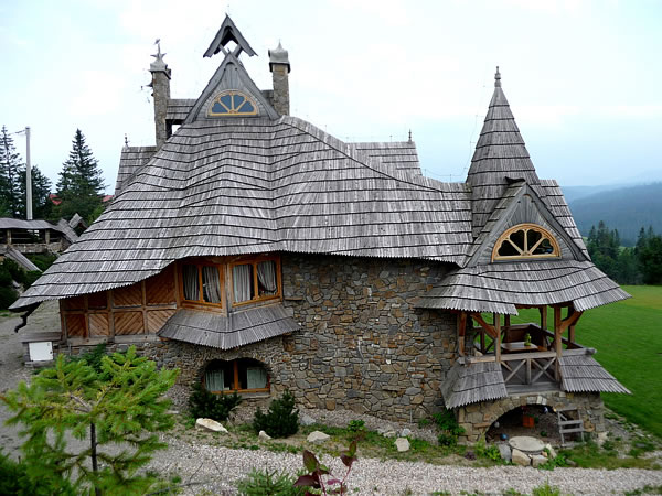 Top Ten Storybook Cottage Homes From Around The World 10