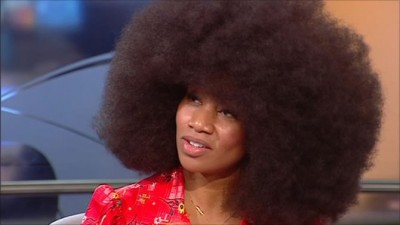 World's Largest Afro Hair Takes Two days To Wash