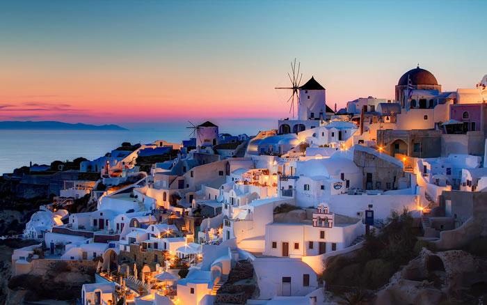 places to visit before you die - santorini (11)