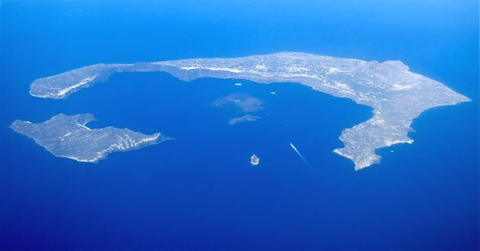 places to visit before you die - santorini (20)