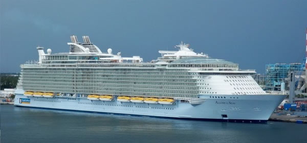 10 Interesting Facts About Cruise Ships That You Probably Didn't Know 7