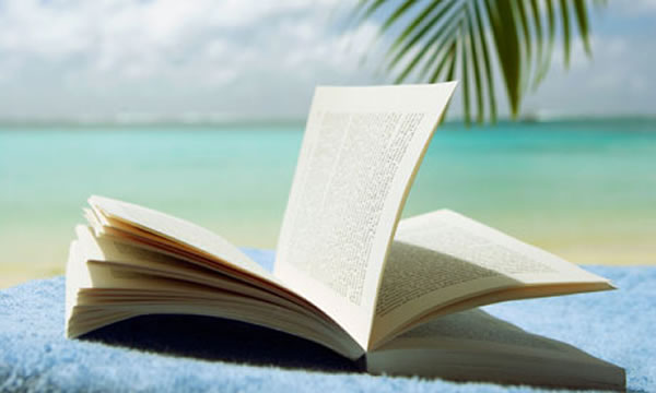 12 Benefits Reading Books Can Have On Your Life