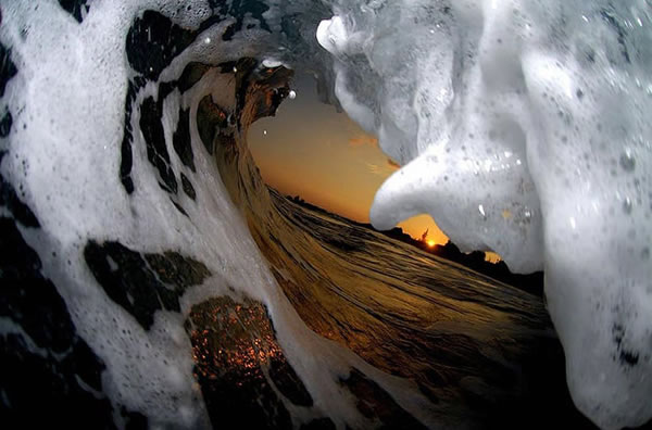 Amazing Pictures Taken Inside A Wave 4