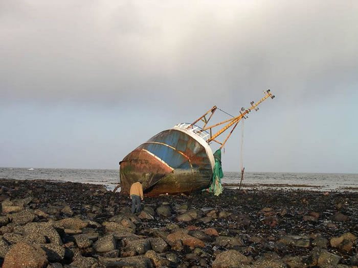 Pictures Of Shipwrecks Around The World 14