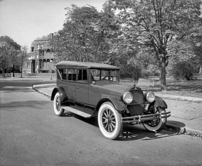 pictures of vintage cars and trucks. Black Bedroom Furniture Sets. Home Design Ideas