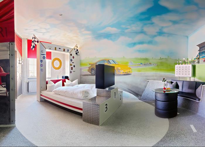 The V8 Hotel In Stuttgart Germany 5