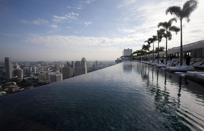 amazing swimming pools 15