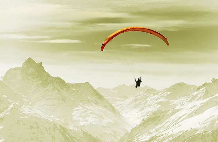 daily adventures - paragliding (1)