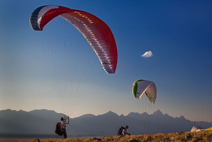 daily adventures - paragliding (14)