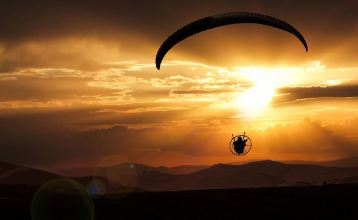daily adventures - paragliding (15)