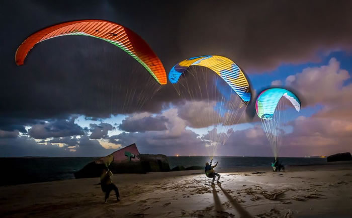 daily adventures - paragliding (4)
