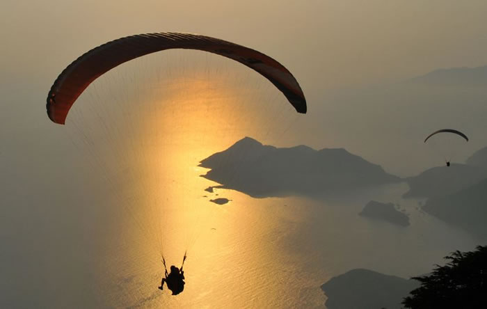 daily adventures - paragliding (8)